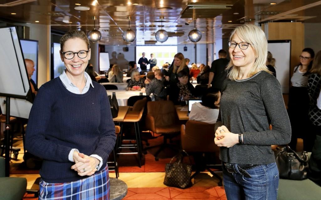 Teoston työntekijät Inka Huttunen ja Anne Varis