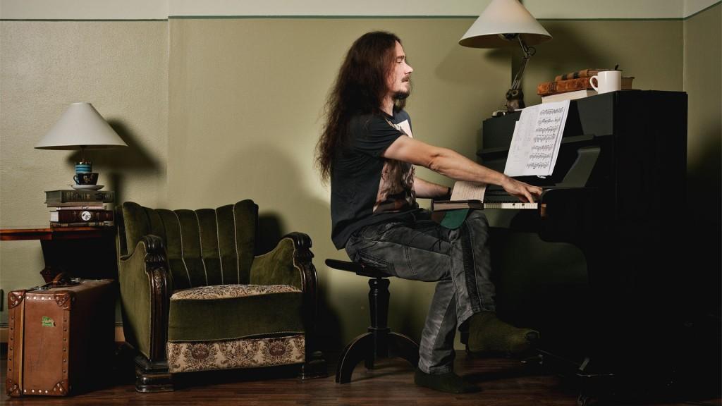 Musiikintekijä Tuomas Holopainen