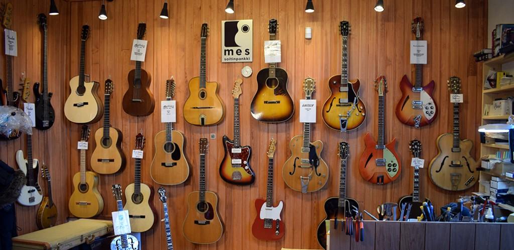 Soitinpankki kitarat